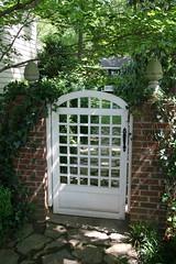 Brinker Garden - side gate (Pandorea...) Tags: wood plants detail brick wall garden gate tour trellis mg master shade 2008 planting gardener brinker whitestained