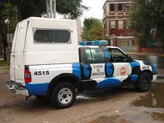 Con ciertos detalles (Upper Uhs) Tags: argentina cops police security polizei seguridad polis camioneta polizia policja poliisi pulizija cÓrdoba policÍa fuerzapÚblica infanterÍa guardiadeinfanterÍa