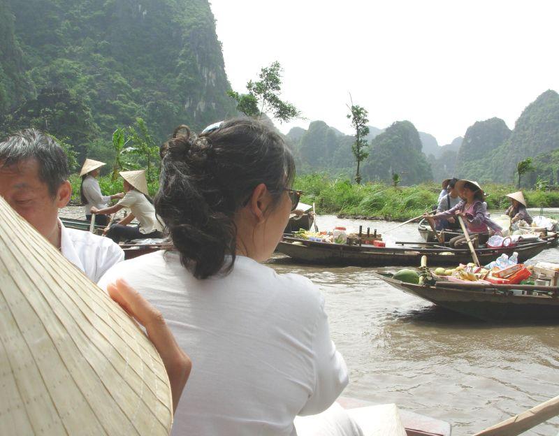 Sur l'eau-Tam Coc (3)