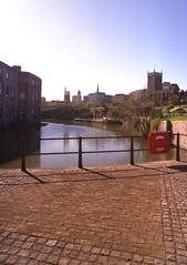 Floating Harbour and Castle Green (Geoff_B) Tags: england water bristol cobbles railings floatingharbour castlegreen 10millionphotos squaresets