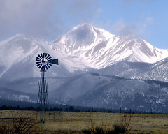 Mount Yale (truan) Tags: mountain snow windmill rockies colorado 14er chaffeecounty mountyale appenninosettentrionalealpinatura