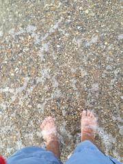 IMG_5642 (_bagent1) Tags: myfeet boyfeet chubbyfeet barefeet bearfeet thickfeet chubbytoes chubby chubbysoles soles slides sandals tops toes
