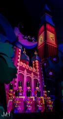 London (Jojo_VH) Tags: 2016 dlp disneylandparis april attraction darkride disney itsasmallworld