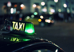 Taxi life n.2 (dhammza) Tags: city night lights luces noche taxi ciudad nightsession dhammza sesinnocturna