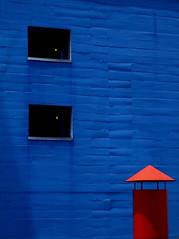 Colors and Shapes (Mondmann) Tags: travel blue windows red brazil building latinamerica southamerica colors brasil saopaulo shapes sesc fujifilmfinepixf31fd