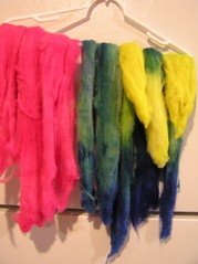 Dyed carded roving