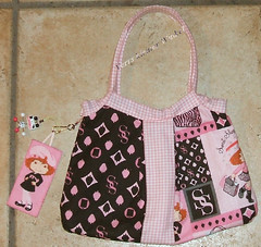 Emily meets shopping-bag (Veri's kleiner Winkel) Tags: pink black bag strawberry rosa gingham bags tote schwarz taschen shortcake tschchen kariert