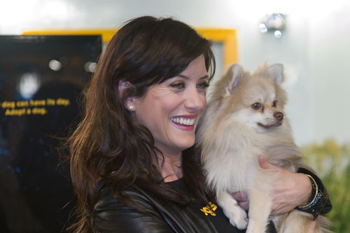 Kate Walsh with a pomeranian dog