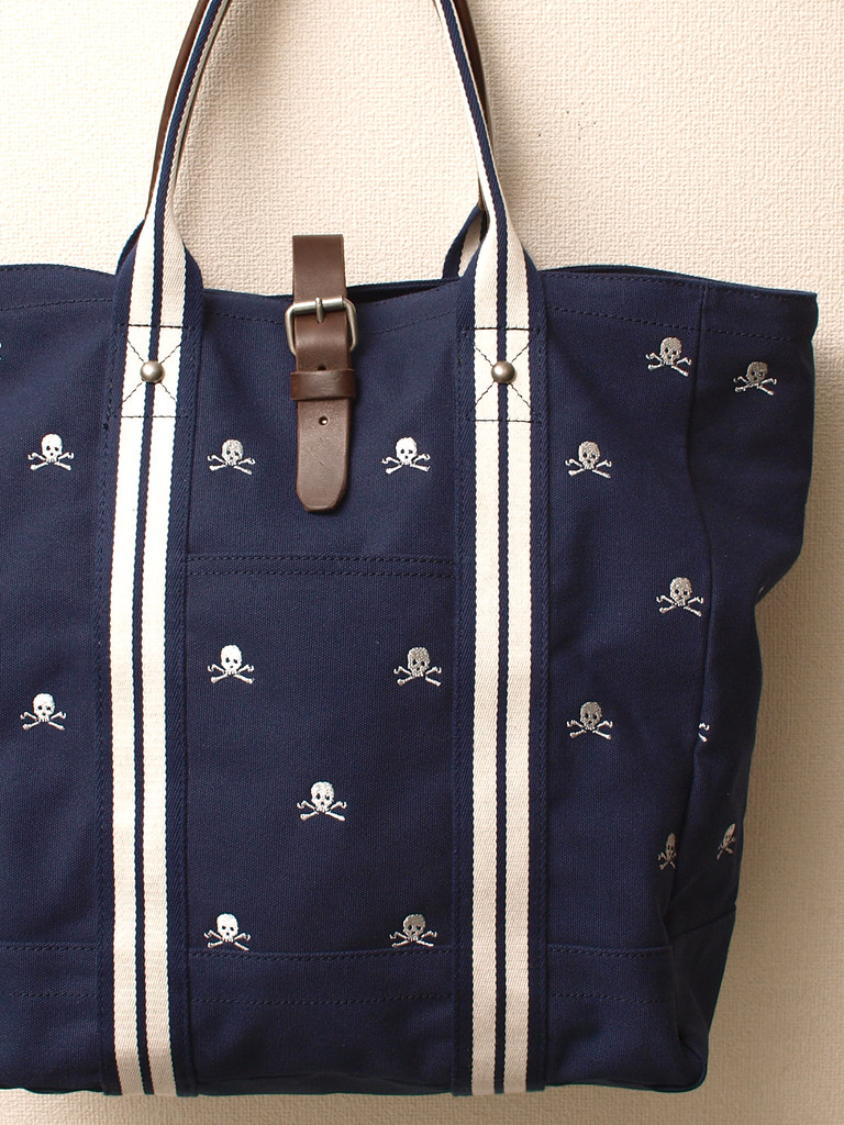 Rugby / Silver Skulls Canvas Tote