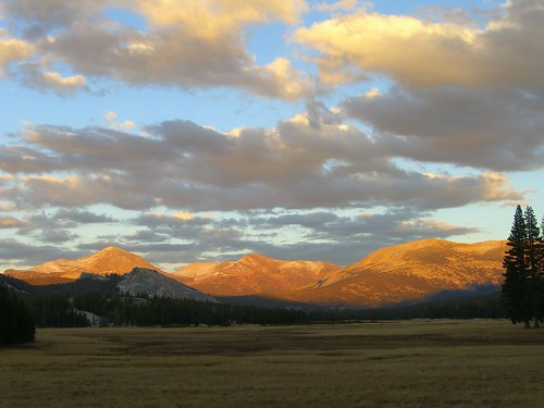 Photo of the Day: Sunset in High Yosemite by Mary Branscombe