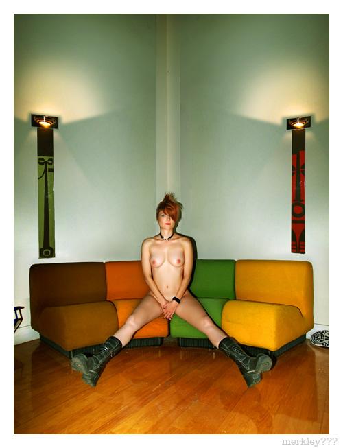 Raina - Sofa