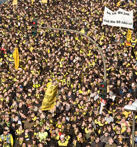 Dortmund gegen Schalke - Borussia-Fans