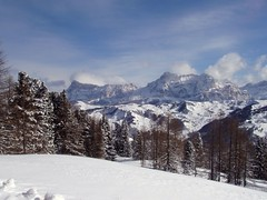 Dolomiti (Conanil) Tags: italien schnee sky italy white mountain snow blanco berg branco clouds montagne italia nuvole nieve sneeuw himmel wolken cu ciel cielo nubes neve nuvens neige montaa nuages wit montagna bianco blanc montanha italie hem