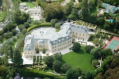 Spelling Manor, Holmby Hills (Atwater Village Newbie) Tags: california ca cali la fly flying losangeles los chopper tour angeles hill aaron aerial hills helicopter socal cal spelling beverly mansion southerncalifornia manor tori 90210 southland copter heli av bh mansions atwatervillage helicoptertour themanor holmby bh90210 lahelicoptertour aerialfave