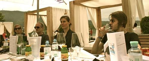 Beim Lunch mit Kayiko Designerin Karin Oèbster