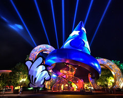 The Sorcerer's Hat (iceman9294) Tags: orlando searchthebest florida disney professional fantasia mickeymouse laser waltdisneyworld mgm soe chriscoleman laserlight blueribbonwinner 100yearsofmagic abigfave nikond80 abigfav goldmedalwinner anawesomeshot superbmasterpiece bratanesque 3xphdr iceman9294 thesorcerershat goldstaraward world100f