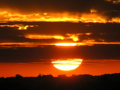Sun (Claudio Marcon) Tags: world sunset brazil sky sun sol nature brasil clouds tramonto santamaria naturesfinest supershot orangeskies theworldthroughmyeyes mywinners diamondclassphotographer flickrdiamond ysplix platinumheartaward claudiomarcon 50earthfaves 100earthcomments claudiolmarconribeiro