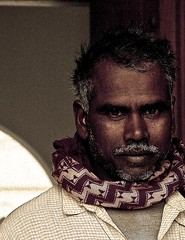 (@lkuwari ..Nippon :D) Tags: indian poor doha qatar      lkuwari