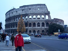 Rome - Italy-28 (Ismail Shariff) Tags: italy panorama vatican rome museum ruins italia cathedral wide oldbuildings colosseum romanempire spanishsteps vaticancity bascillica kodakz740 oldsculptures ismailshariff wwwismailshariffcom httpismailshariffblogspotcom