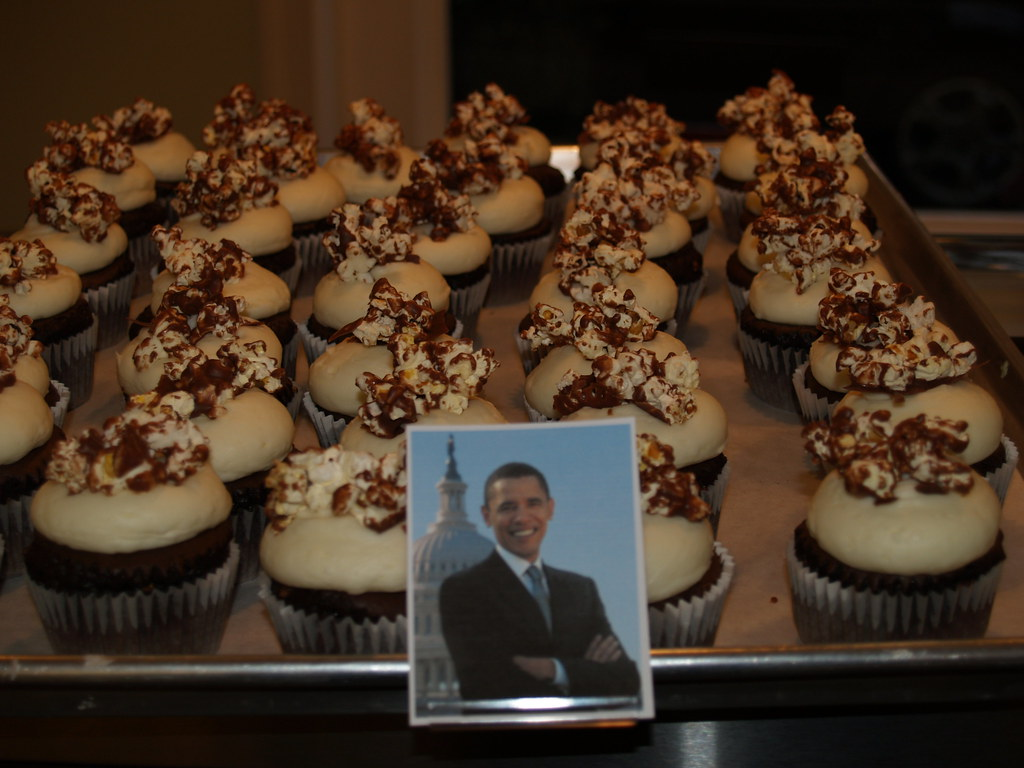 Barack Obama cupcakes from Hudson, Ohio's Main Street Cupcakes