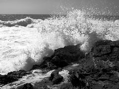 Il mare infranto (enrix64) Tags: sea bw mare calabria biancoenero diamante roughseas mareggiata enrix enrix64