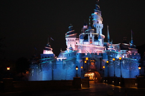 Hong Kong Disneyland Family Trip - Tinker Bell's Castle Illumination