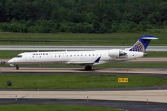 CRJ700.N513MJ-4 (Airliners) Tags: iad united 700 mesa unitedairlines crj canadair crj700 canadairregionaljet unitedexpress mesaairlines 52011 n513mj