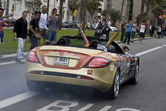 Having fun! (Raul Salinas) Tags: barcelona espaa slr cars car canon photography eos mercedes hotel amazing spain dubai w salinas mclaren raul 17 burnout vela 3000 85 exclusive supercar gumball roadster gumball3000 eor 40d autogespot