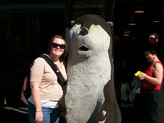 kate and the (hairy) otter! (axellrose00) Tags: family vacation aquarium monterey carmel