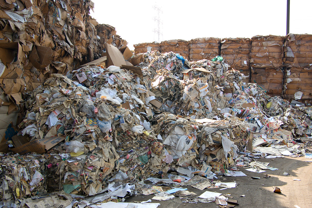 Metro-trash-recycling-07.jpg