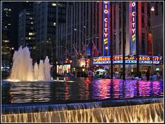 Radio City Music Hall - New York City (Ubierno) Tags: new york city music fountain night radio noche hall manhattan fuente nuit nueva amazingtalent instantfave 5photosaday ubierno
