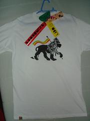 Leo de Judah / Lion of Judah (Frente / Front) (Lado  C) Tags: art make shirt de stencil sticker hand arte c tag lion tshirt lado judah reggae camiseta rasta mo cabide leo feita alternativo