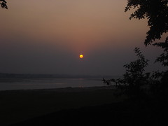 oh!!sun,ready 2 take bath in river (roumighosh) Tags: winter sunset sky sun west reflection river harmony hue bengal sobeautiful welltaken asansol damodar natureislovely classicsnap