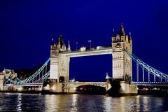 (Izaskun G. Obieta) Tags: bridge blue sky london rio azul river puente united kingdom cielo londres thamesis