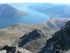Lake Wakatipu and Queenstown, from Single Cone (tobybear) Tags: newzealand mountain landscape geotagged scenery view peak vista queenstown outlook remarkables downunder lakewakatipu neuseeland novazelndia nieuwzeeland pristine nuevazelanda  landscapephotography nuovazelanda scenicvista landscapescenery newzealandholiday singlecone nyazeeland nouvellezlande southernlakes jackspoint  nowazelandia  cecilpeak uusiseelanti scenicphoto lanscapephoto scenicphotography newzealandsights  travelnewzealand naturenewzealand   yenizelanda newzealandbeauty pleasantscenery novizeland novzland   lordoftheringscountry cleangreennewzealand scenicsplendour