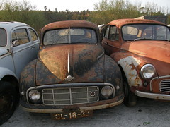 Morris Minor (rgrant_97) Tags: cars portugal carros morrisminor coimbra carrosvelhos en17