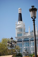Plaza Santa Ana (chasquito el roncoso) Tags: madrid stream colores retratos more views sombras willy reflejos 15000 llus