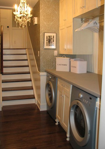 laundry room by saucy dragonfly.