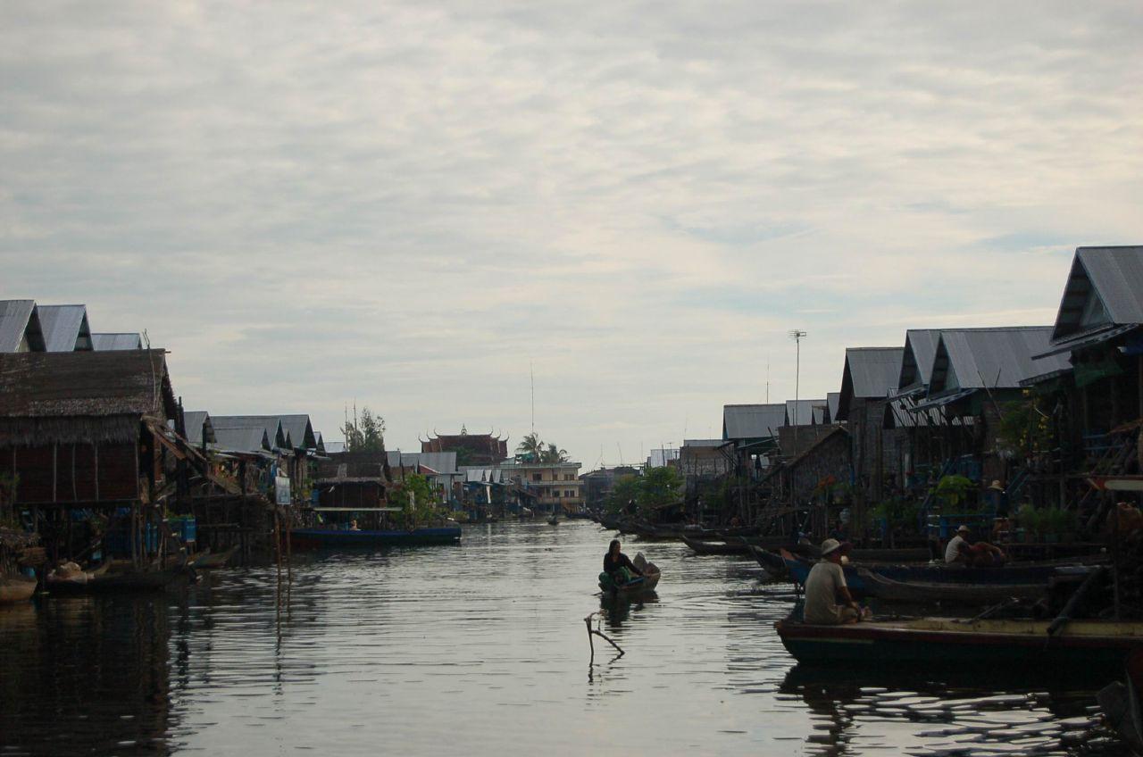 一個寧靜的水上村莊
