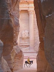 The Treasure of Petra (Marco Di Fabio) Tags: travel sun mountains hot sol montagne site ruins rocks treasure petra siq middleeast images canyon tourists east jordan caves ruinas getty oriente este middle orient fabulous sole onsale calore medio tesoro gettyimages grotte est archeological sitio sito turisti beduin calor jordania rovine beduino rochas roccie archeologicalsite archeologico mediooriente goldenglobe touristas giordania arqueologico supershot sitioarqueologico sitoarcheologico wonderfulplaces montans diamondclassphotographer flickrdiamond excellentphotographerawards sfidephotoamatori nginationalgeographicbyitalianpeople thebestofday gnneniyisi grotas lpiconic