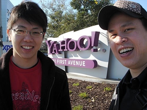 Biao and Kevin in front of Yahoo!