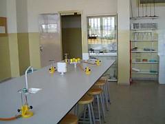 Laboratori de l'Escola Paidós de Sant Fruitós