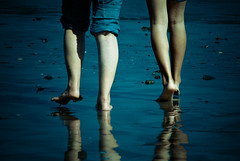 Deep blue: Legs (manganite) Tags: blue girls sea summer people hot cold color reflection cute men feet beach natu
