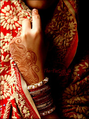 """Traditional Elegance"" (*The-FarSaH*) Tags: red canon henna 30d farsah tefdahom"