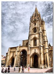 Oviedo_Catedral (vmribeiro.net) Tags: españa spain espanha cathedral catedral asturias oviedo mywinners aplusphoto