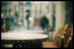 au caf (delevine) Tags: polaroid cafe pluie 200 expired beirette vsn jadorelesjoursdepluied