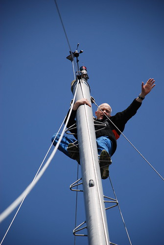 Tony Up the Main Mast