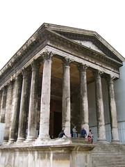 Nîmes: La Maison Carrée