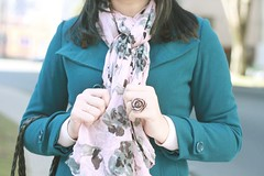 my favorite scarf (Anitah) Tags: flowers winter scarf myself hands ring curitiba forever21 coldday anitah praadojapo anages