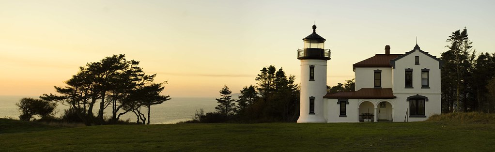 Admiralty bay light house